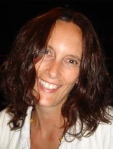 Denise_Schmid_Bewerbungsfoto